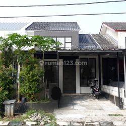 Rumah dalam cluster,bagus,siap huni di Graha Bintaro