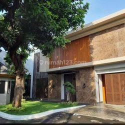Luxury House ~ Jl. Jaya Mandala ~ Area Tenang