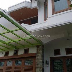 Rumah di Villa Meruya Jakarta Barat