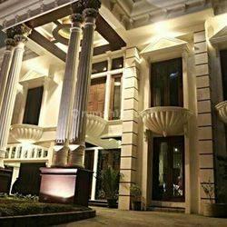 rumah mewah klasik jalan sumatera
