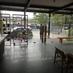 Kantor & Gudang bagus lokasi Strategis di Jl Lingkar Luar Barat, Cengkareng, Jakarta Barat