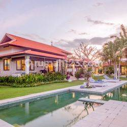 BEAUTIFUL FREEHOLD VILLA WITH SPACIOUS LAND IN BUKIT VL2058