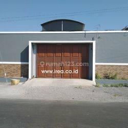 Rumah Kost Baru Jebres Surakarta
