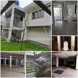 Rumah LUX Layout Blong Mainroad Sekitar Cihampelas  Bandung