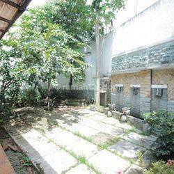 Rumah Cocok Untuk Usaha Apa Saja/ Kantor, Lokasi Dekat Gedung Sate, Bandung