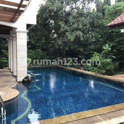 Big House For Rent in Ampera