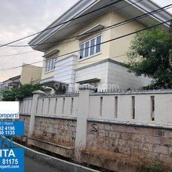Rumah Bagus Di Kedoya Baru Jakarta Barat MP5593JL