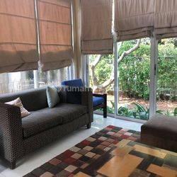 Rumah Cantik  Mampang Prapatan Jakarta Selatan