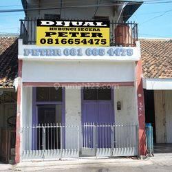 Rumah dan Tempat Usaha Tengah Kota Jl Wotgandul dalam Strategis
