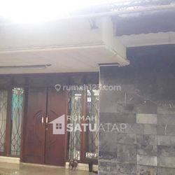 Rumah Luas di Putri Indah Estate - RSA071903