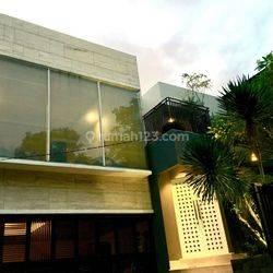 Rumah Modern Baru Renovasi Luxury  di Antasari Residence