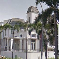 Rumah di Permata Buana Uk. 18 x 17 M² HOEK