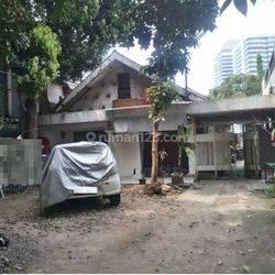 Rumah Lama Jl Kebon Sirih (Dekat Jalan Jaksa), Cocok untuk Usaha Kos kosan.. Hub: 0813-1838-1838.