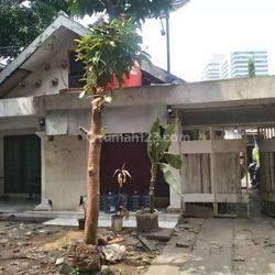 Rumah Lama Jl Kebon Sirih (Dekat Jalan Jaksa), Cocok untuk Usaha Kos kosan, Resto, dll.. Hub : 0813-1838-1838 / 0878-7838-1838.