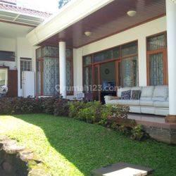 Rumah murah siap huni akses tol Pasteur Setramurni Sukahaji Setrasari Bandung utara Kota Bandung