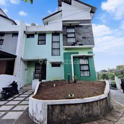 Rumah Homey 50 Jutaan dalam komplek Geger Kalong