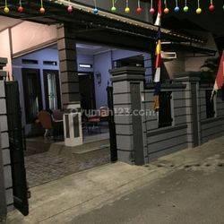 Rumah bagus di Tanjung Priok Jl Yos Soedarso - rumah dibangun th 2013