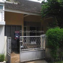 (NE4252-BR) Rumah lingkungan nyaman, ada garasi di Intercon