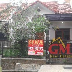rumah Tinggal Siap Ccok untuk pasangan muda di komplek pondok hijau Bandung Utara