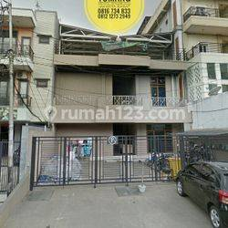 TerMURAH Rumah usaha Kost-kostan Tomang univ Trisakti Tarumanegara Lt 370 m2 Dekat Jl Tawakal Jakarta Barat