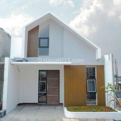 Rumah Modern Style Fasilitas Premium di Jakasampurna, Bekasi