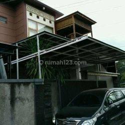 Rumah Minimalis 3 Kamar Tidur Mahendradata dekat Kerobokan