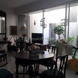 Rumah Cantik Minimalis Puri Botanical Jakarta Barat