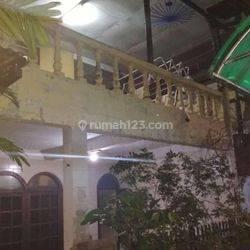 Rumah induk+Kost2an lokasi Premium Strategis di Kebon Sirih Menteng Jakpus