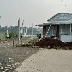 Rumah Nuansa Bali Dekat Kampus UIN Ciputat