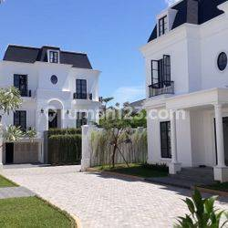Brandnew and Luxurious townhouse in Fatmawati for expatriats