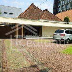 Rumah di Jl. Ahmad Yani, Semarang. (0678)