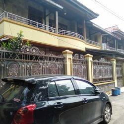 Rumah siap huni di pusat kota leuwi panjang Bandung