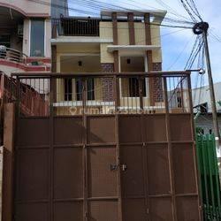 Rumah 2½ Lt. Fajar Teluk Gong Cocok utk Gudang Kel. Pejagalan Kec. Penjaringan, Jakarta Utara