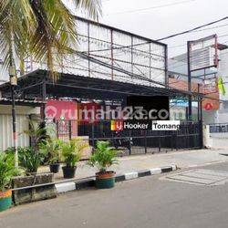 RUMAH Bisa Untuk Tempat Usaha Lokasi Komersil daerah Grogol Jakarta Barat