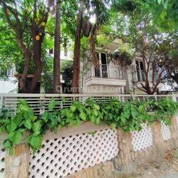 Termurah!! Rumah ada kolam renangnya LT 420mter di jalan PLN Kemanggisan Jakarta barat
