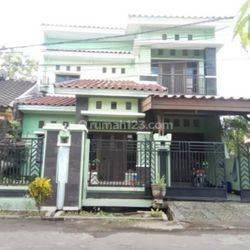Rumah 2 Lantai Lokasi hertasning Dalam Cluster Mewah