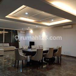 HOUSE IN TB SIMATUPANG AREA 5 BR 3 FLOOR FULLY FURNISH NICE INTERIOR AND GOOD CONDITION IDR 250.000.000,-/YEAR
