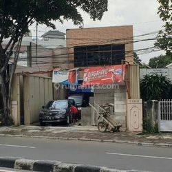 Di  Bangunan Hitung Tanah di Jl. KS Tubun Slipi
