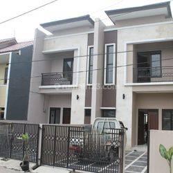 Rumah Baru 2 Lantai di Cisaranten Kulon Harga 800 Juta an