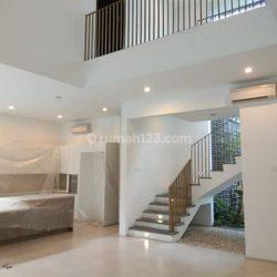 Best Price!! Rumah di Jl Hegarsari Sayap Hegarmanah Terdiri dari 2 Rumah
