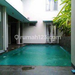 """Great Area Bussiness at Kuningan \""""The Price Can Be Negotiable\"""""""