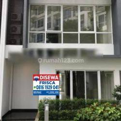 Rumah Siap Huni dan Strategis , Puri Mansion!