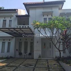 HOUSE IN KEBAGUSAN GOOD AREA N GOOD CONTION