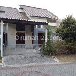 Rumah bagus South Emerald Mansion Citraland Surabaya