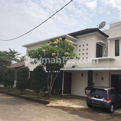 HOUSE IN KEBAGUSAN AREA LT 275M GOOD CONDITION IDR 150 JT/THN