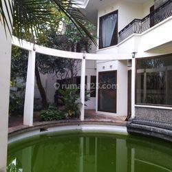 HOUSE IN MIKASA PATRA KUNINGAN MEWAH LB 1000M IDR 60M