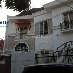 Rumah Brand New Bagus Fully furnished Murah @Cikini, Menteng Jakarta Pusat
