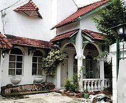 HOUSE IN SETABUDI LT284M LB 250M MEWAH GOOD CONDITION IDR 11M