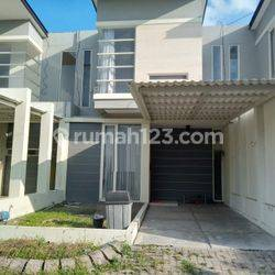 Rumah 2 Lantai di Green Garden Gresik KT 2 KM 2 Full furnished
