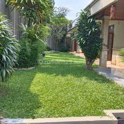Rumah di Lebak Bulus, Jakarta Selatan ~ Pool ~ Bisa Untuk Kantor